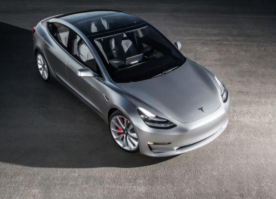 2017-Tesla-Model-3-top-view